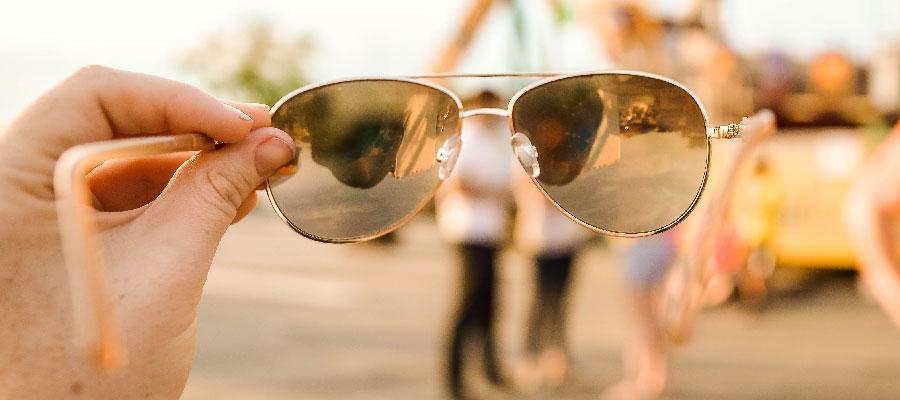 Можно ли долго ходить в солнцезащитных очках?